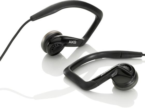 AKG K326 hörlurar