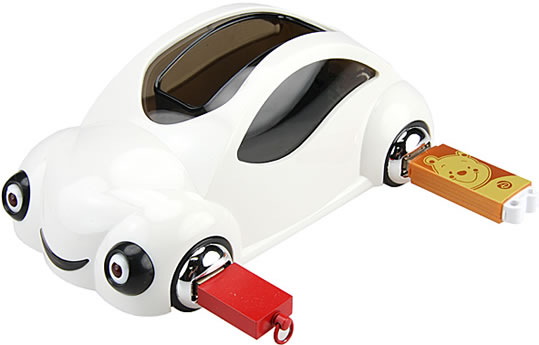 USB-hubb i form av bil