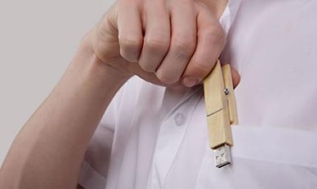 Klädnypa med inbyggt USB-minne