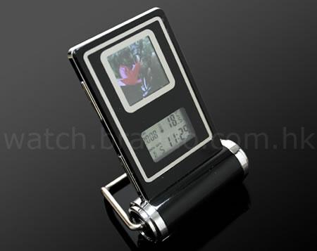 Digital fotoram med klocka
