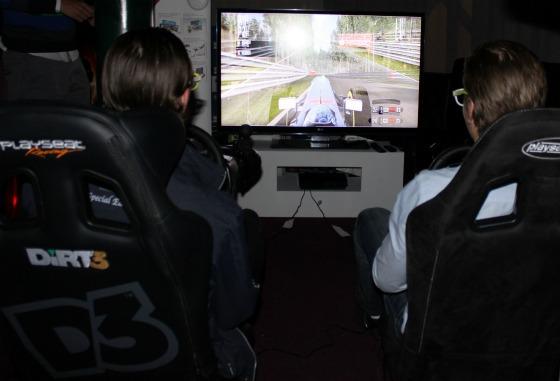 Gamers kör Dual Play