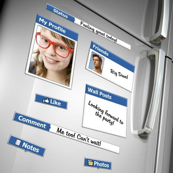 Facebook kylskåpsmagneter