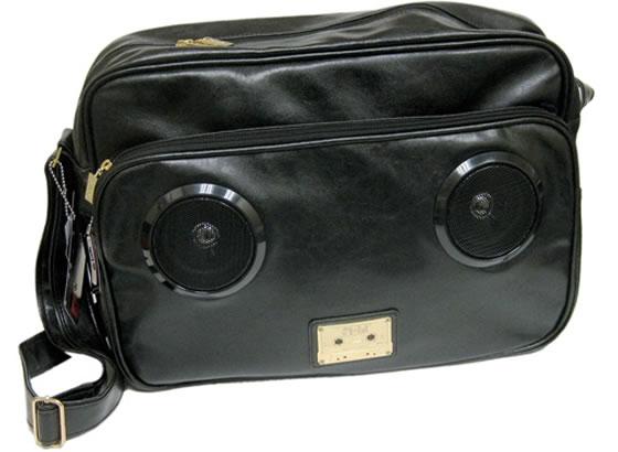 Väska med inbyggda högtalare