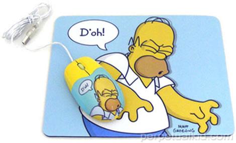 Homer Simpson på datormus och musmatta