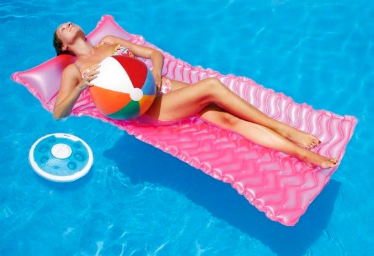 iFloat - högtalare for swimmingpool