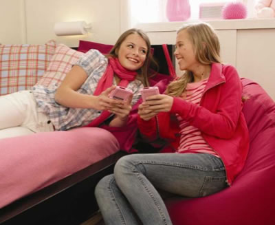 MyLife - bärbar spelkonsol för unga tjejer