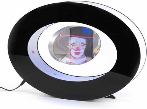 Svävande fotoram upplyst med färgglada lysdioder