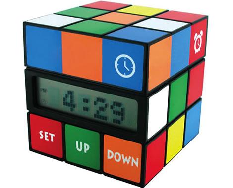Rubiks kub som klocka med termometer