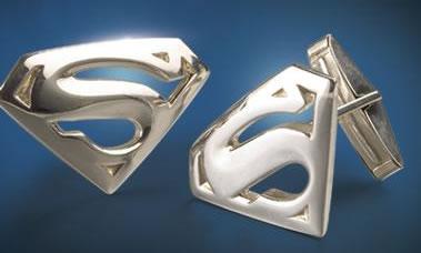 Manschettknappar med Superman-loggan på