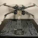 X-vinge signerad av George Lucas
