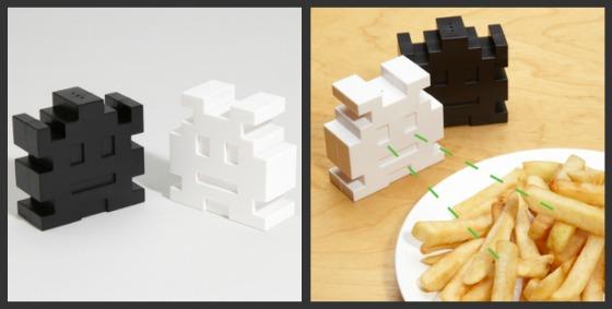 Space Invaders salt- och pepparströare