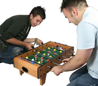 Bordfotbollsspel i miniformat