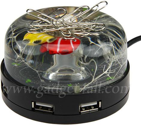 USB-hub med akvarium och gemhållare