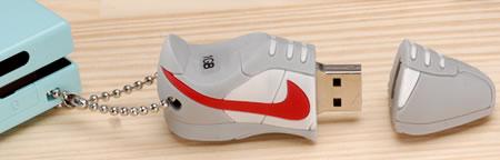 USB-sneaker