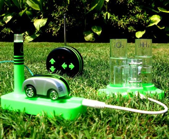 Vattendriven radiostyrd bil