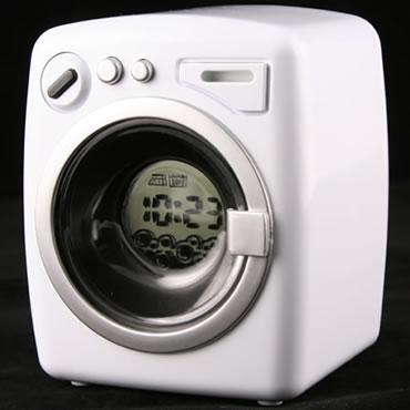 Klocka som ser ut som en tvättmaskin