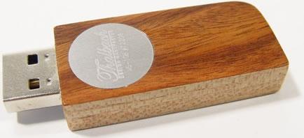 USB-minne i trä